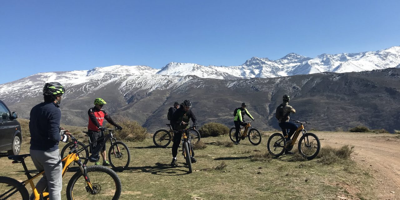 https://www.biketourgranada.com/wp-content/uploads/2018/09/rutasierranevada-1280x640.jpg