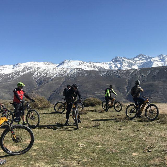 https://www.biketourgranada.com/wp-content/uploads/2018/09/rutasierranevada-640x640.jpg